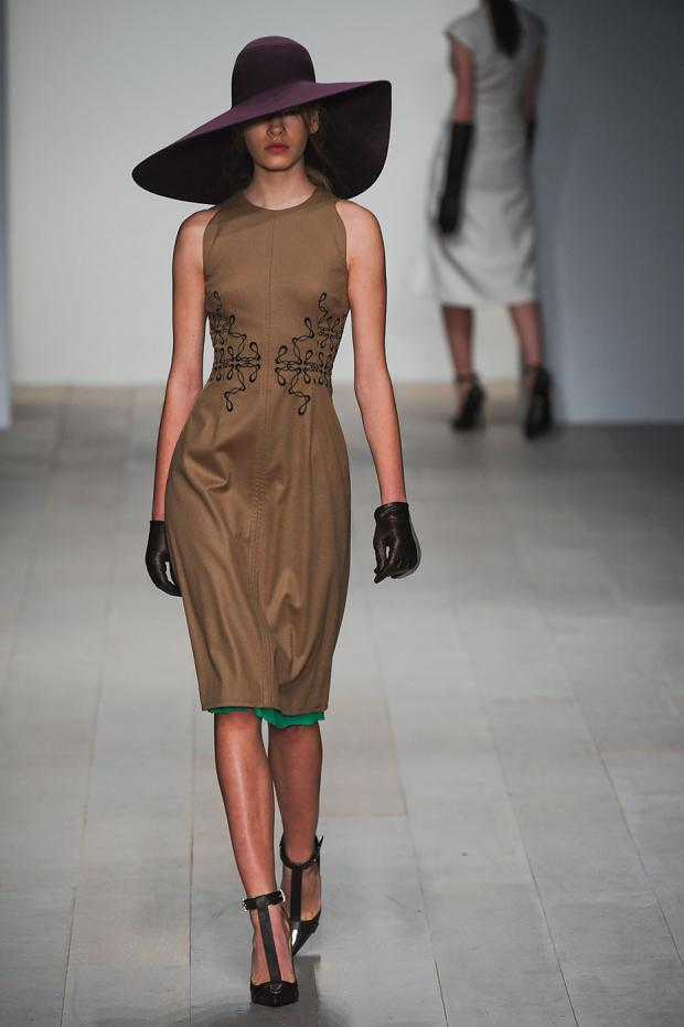 marios-schwab-autumn-fall-winter-2012-lfw5