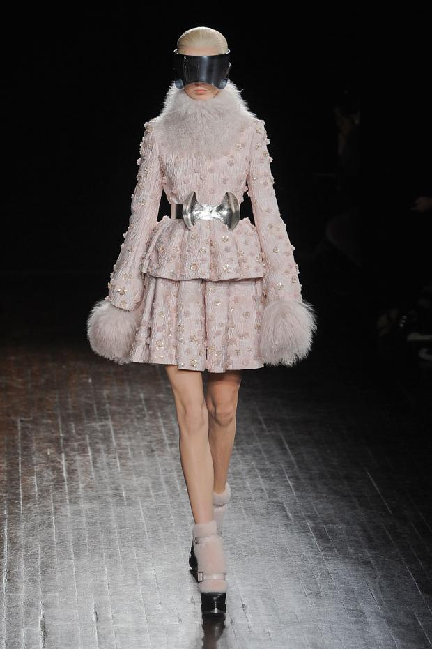 alexer-mcqueen-autumn-fall-winter-2012-pfw13