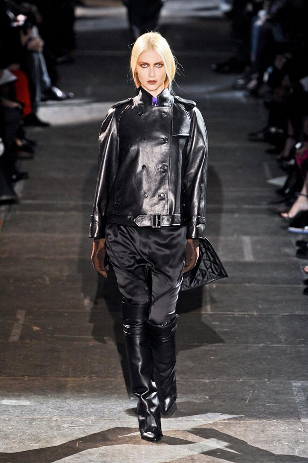 givenchy-autumn-fall-winter-2012-pfw69