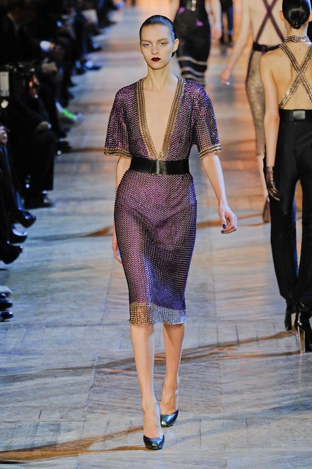 yves-saint-laurent-autumn-fall-winter-2012-pfw49