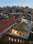 item1.rendition.slideshowWideVertical.diane-von-furstenburg-new-york-apartment-02-exterior