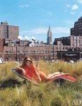 item15.rendition.slideshowWideVertical.diane-von-furstenburg-new-york-apartment-16-portrait-garden