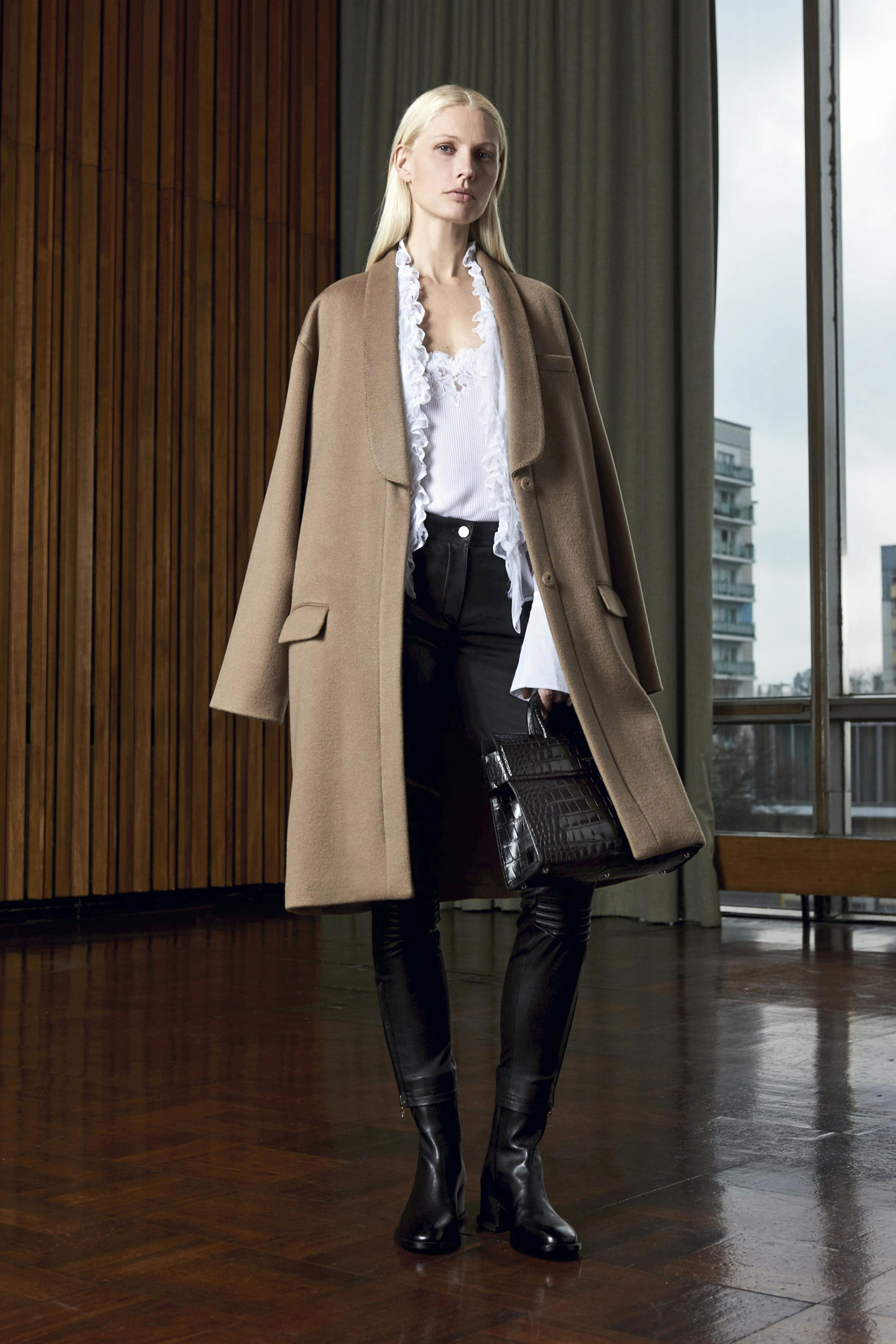 Givenchy Pre Fall 2016 Collection: PRE-FALL 2016 Givenchy