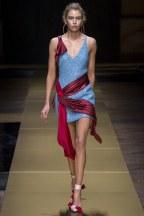 ATELIER VERSACE014fw16-couture-tc-772016
