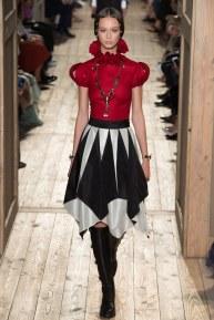 VALENTINO017fw16-couture-tc-772016