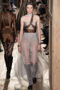 VALENTINO030fw16-couture-tc-772016