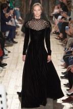 VALENTINO046fw16-couture-tc-772016