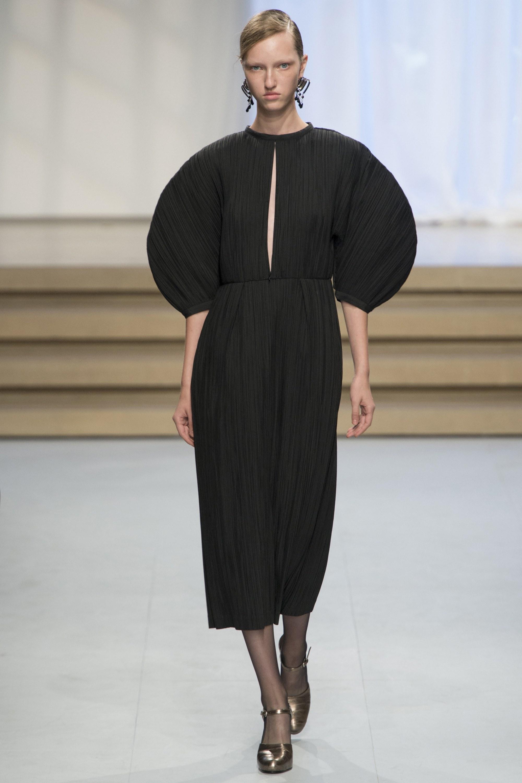 Fashion For Home Esstisch Sander ~ SS17 RUNWAY JIL SANDER