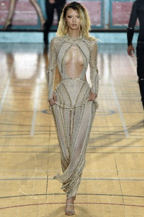 julien-macdonald030ss17-tc-91716