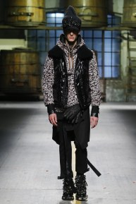 dsquared218m-fw17-tc-1917