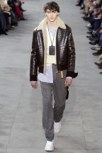 louis-vuitton02m-fw17-tc-1917