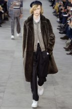 louis-vuitton14m-fw17-tc-1917