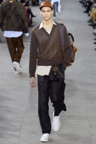 louis-vuitton19m-fw17-tc-1917