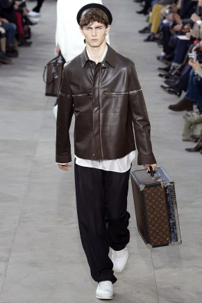 louis-vuitton28m-fw17-tc-1917