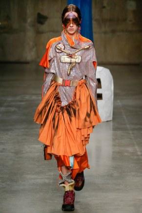 fashion-east44w-fw17-tc-2917
