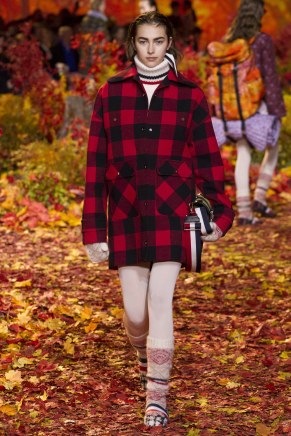 Moncler Gamme Rouge13w-fw17-tc-2917