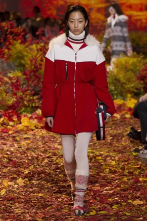 Moncler Gamme Rouge25w-fw17-tc-2917