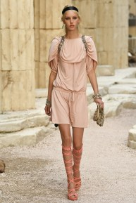 Chanel57-resort18-61317