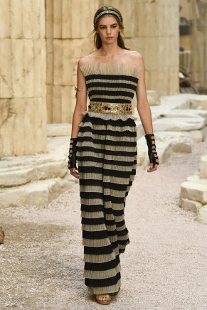 Chanel79-resort18-61317
