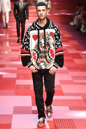 Dolce and Gabbana12-mensss18-61517