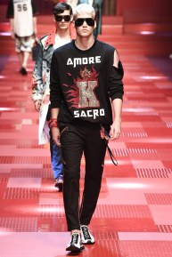 Dolce and Gabbana31-mensss18-61517