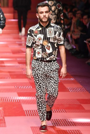 Dolce and Gabbana52-mensss18-61517
