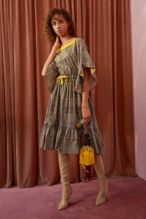 Fendi12-fendi-resort-2018