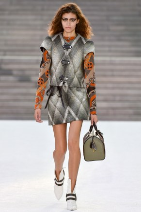 Louis Vuitton25-resort18-61317