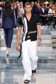 Versace07-mensss18-61517