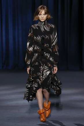 Givenchy-25w-fw18