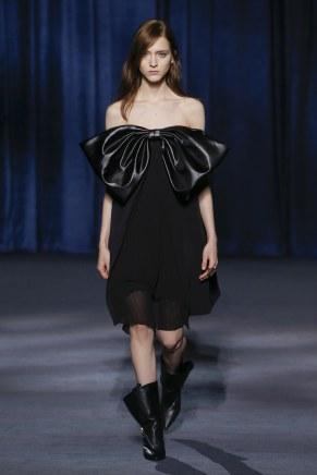 Givenchy-38w-fw18