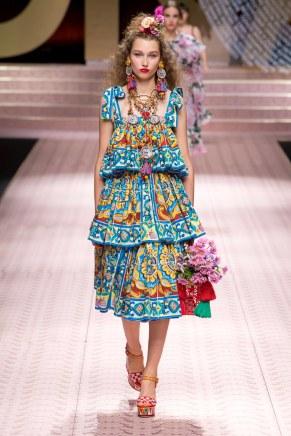 Dolce and Gabbana-104w-ss19-9618
