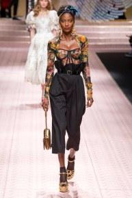 Dolce and Gabbana-96w-ss19-9618