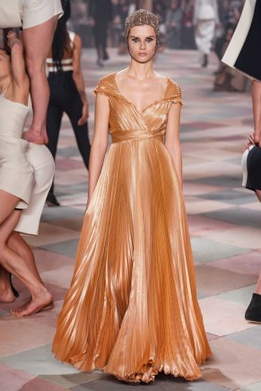 christian dior-13s19-couture-trend council