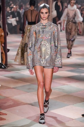 christian dior-25s19-couture-trend council