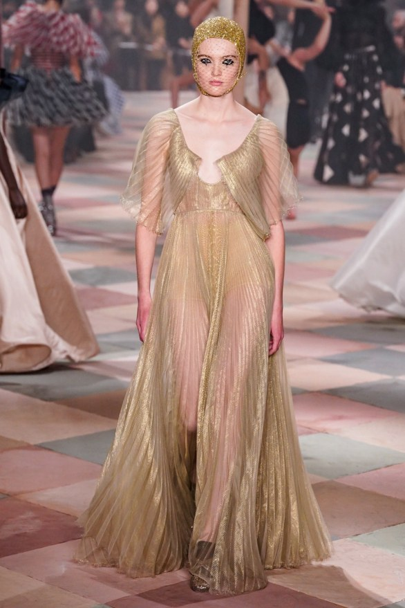 christian dior-68s19-couture-trend council