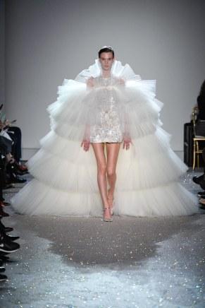 giambattista valli-13s19-couture-trend council