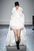 giambattista valli-23s19-couture-trend council