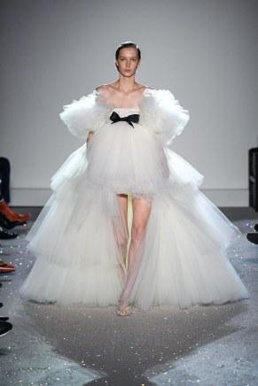 giambattista valli-26s19-couture-trend council