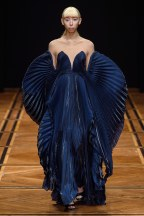 iris van herpen-01s19-couture-trend council