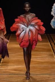 iris van herpen-17s19-couture-trend council