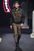 moschino-03m-fw19-trend council