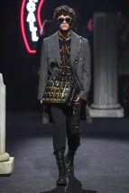 moschino-04m-fw19-trend council