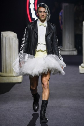 moschino-20m-fw19-trend council