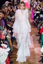 schiaparelli-02s19-couture-trend council