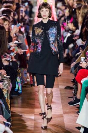 schiaparelli-26s19-couture-trend council
