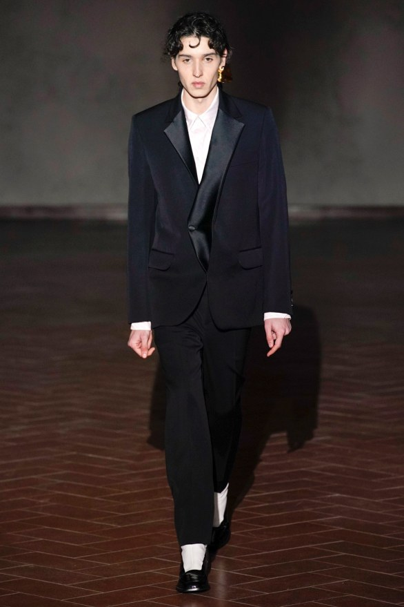 y project-27m-fw19-trend council