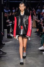 Burberry-03-w-fw19-trend council