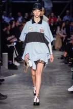 Burberry-04-w-fw19-trend council