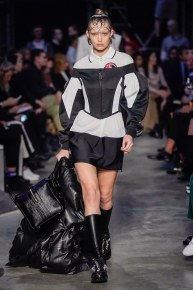 Burberry-06-w-fw19-trend council